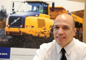 Samuel Albuquerque, gerente de marketing e venda de peças da Volvo CE Latin America